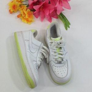 Nike 314192-991 Size 5.5Y Low Dunk Sneakers